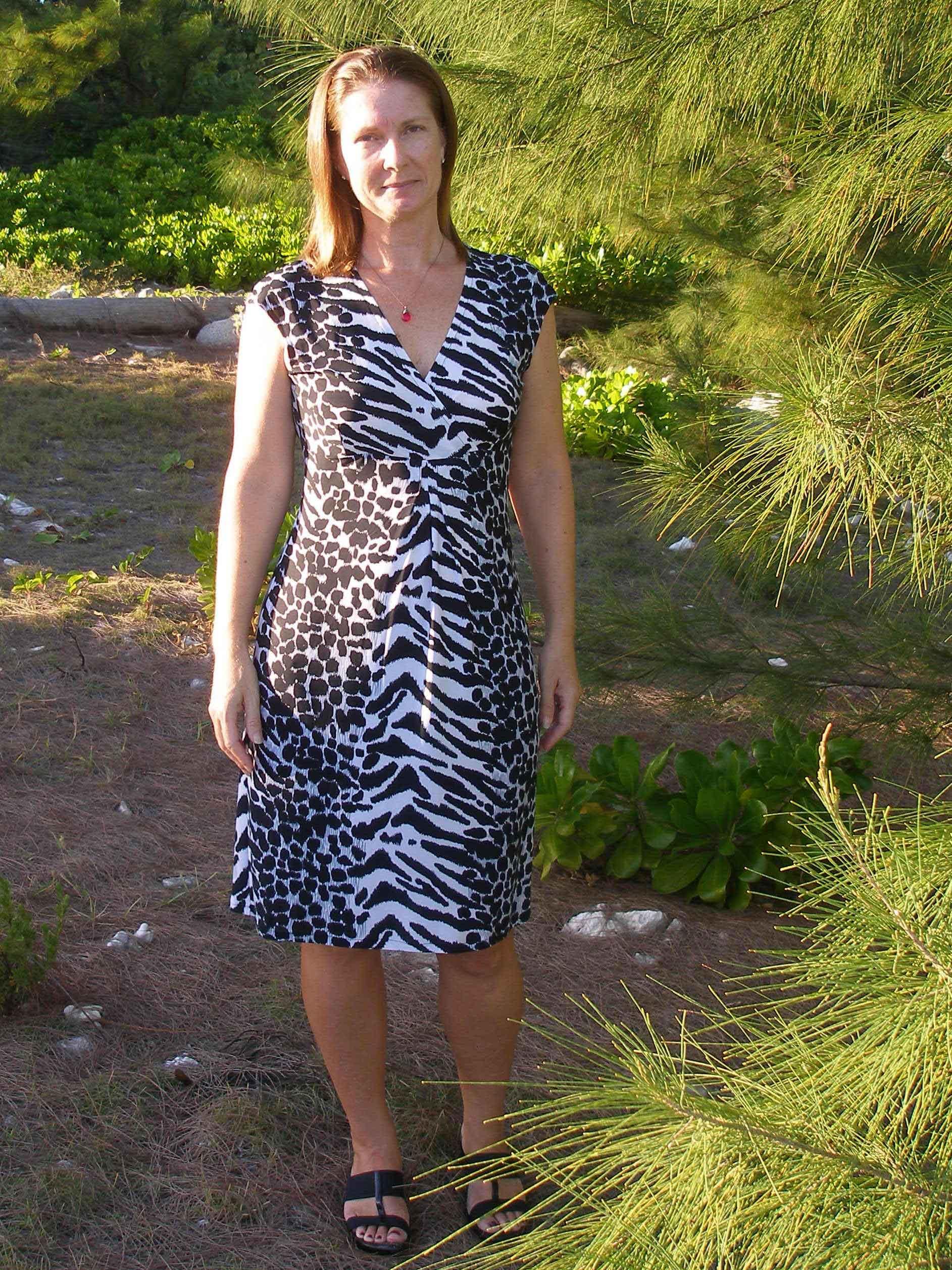 Vogue 8724 - animal print knit dress - So Sew Easy