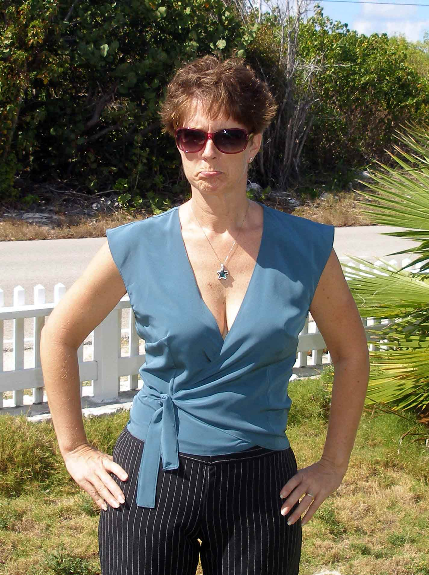So Sew Easy: Free pattern, Wrap blouse failure