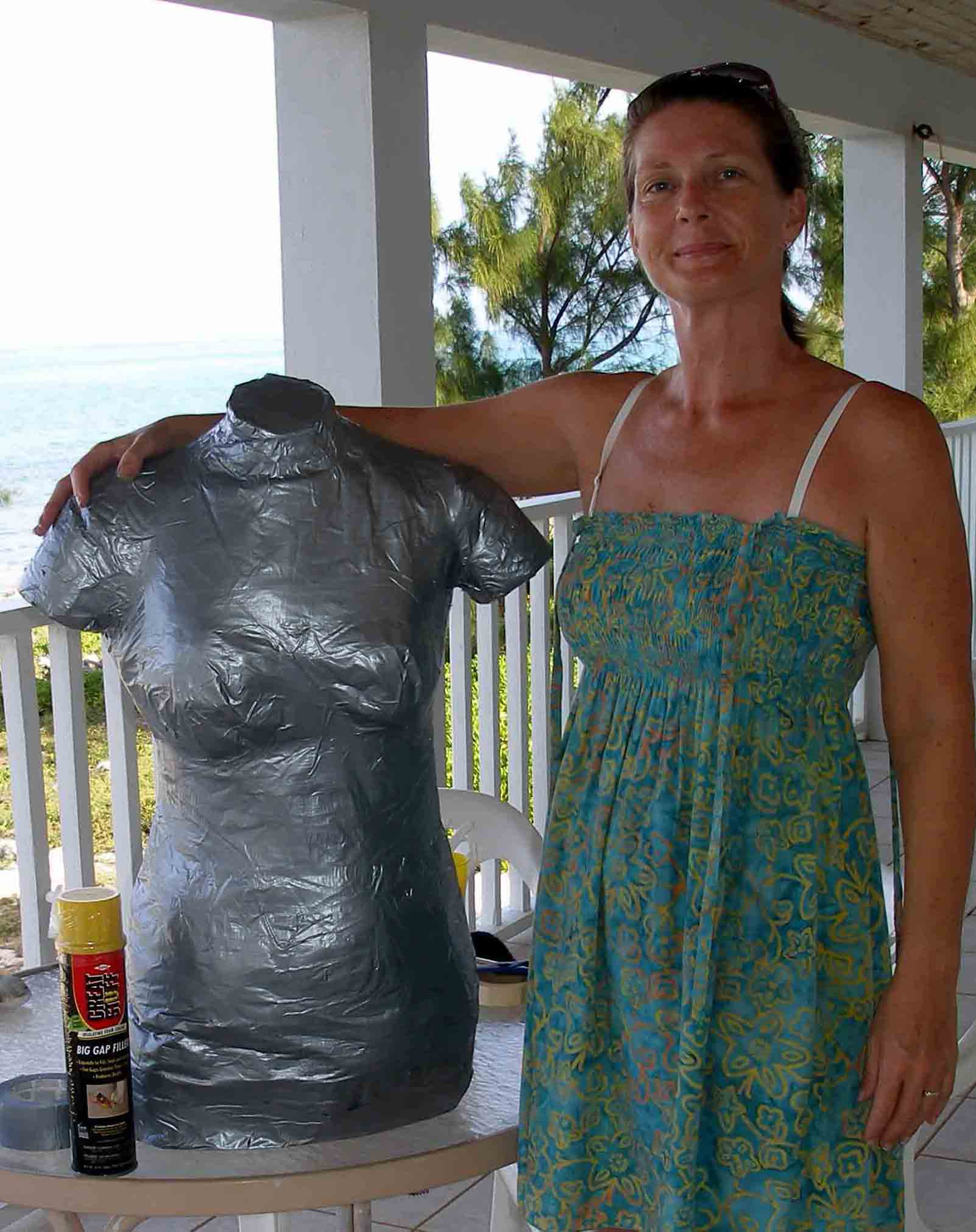 Duct tape dress form - first fill completed. Still needs more filling out. So Sew Easy.
