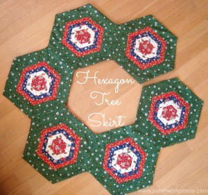 Easy sew Hexagon Christmas Tree skirt tutorial. Great for festive fabric scraps too. At So Sew Easy.