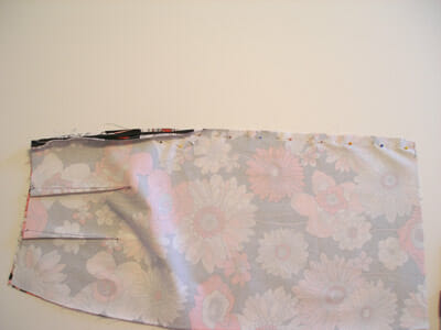 How to sew an invisible zipper.  Part of the Sew A Skirt series from So Sew Easy.