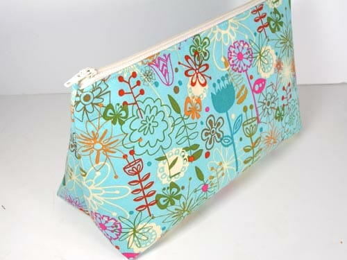 Easy Cosmetics Bag Pattern - So Sew Easy 342532ce89379