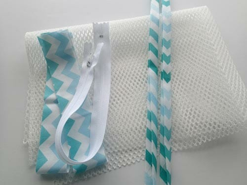 Make a mesh lingerie bag so sew easy sew a mesh lingerie bag for travelling storage or laundry solutioingenieria Choice Image