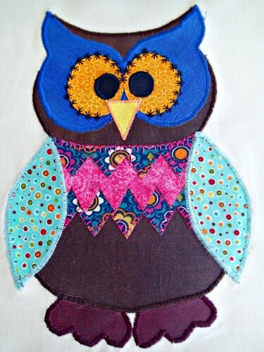 Making an Owl applique cushion. Fun with Fusible Applique.