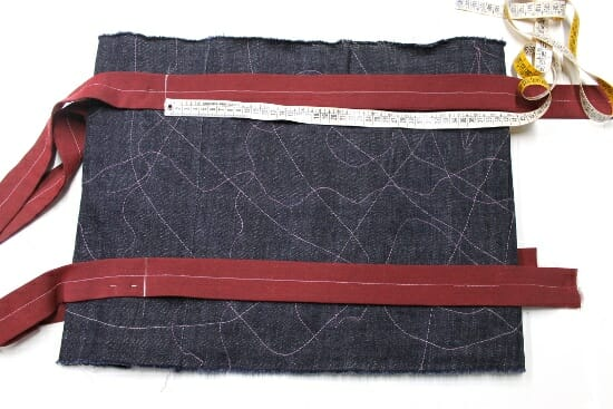 Serger Pepper - Padded Laptop Bag Tutorial - mark with chalk straps