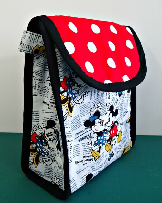 Make your own insulated lunch bags with your favorite fabrics.  Includes make your own laminated fabrics for a wipe-clean option too.