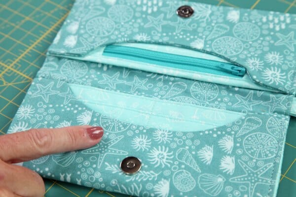 Craftsy Sewing Wallets Class - Free Giveaway! - So Sew Easy