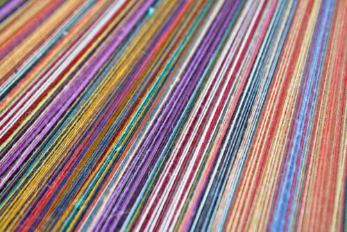 choose correct sewing thread