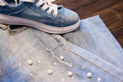 DIY Trendy Jeans Ideas: Two Mini-Projects